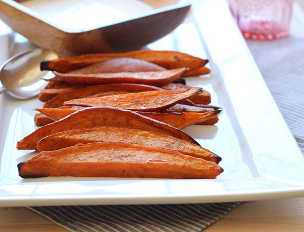 Sweet Potato Wedges with Lemongrass Yogurt Dip (100)