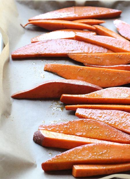 Sweet Potato Wedges with Lemongrass Yogurt Dip (45)