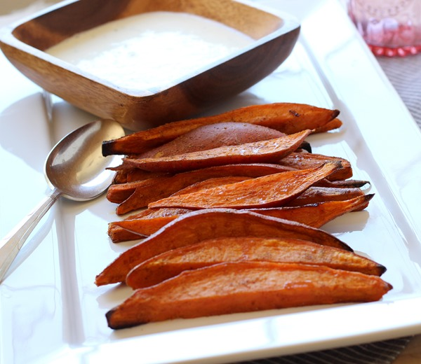 Sweet Potato Wedges with Lemongrass Yogurt Dip (99)