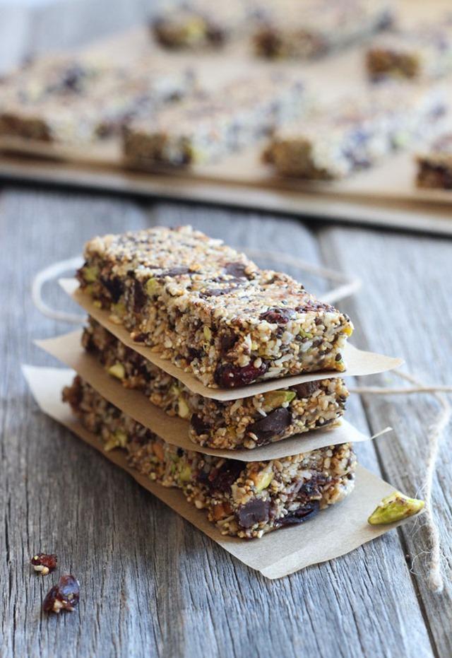 Chocolate Chia Energy Bars Recipe