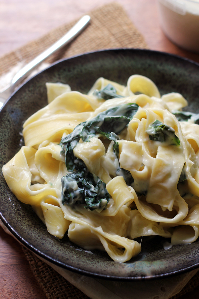 Pappardelle with Kale and Creamy Parmesan Garlic Sauce from Eats Well With Others