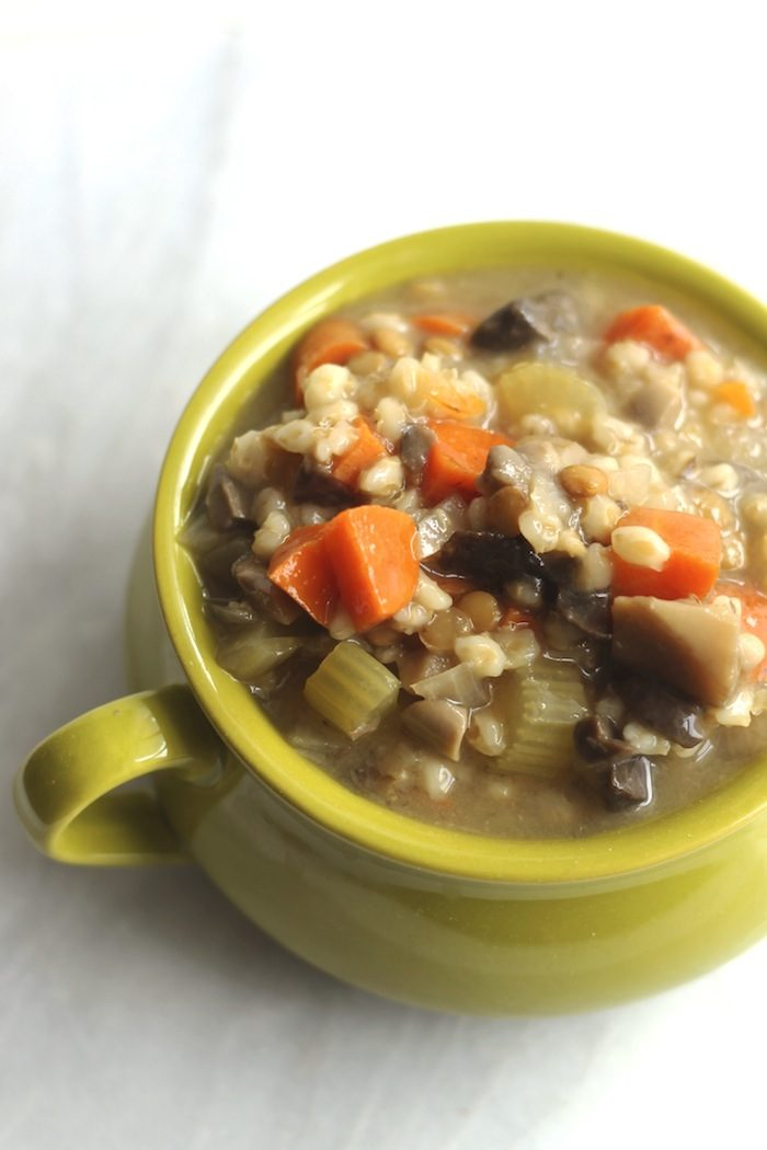 Crockpot Mushroom, Lentil, and Barley Soup from Hummusapien