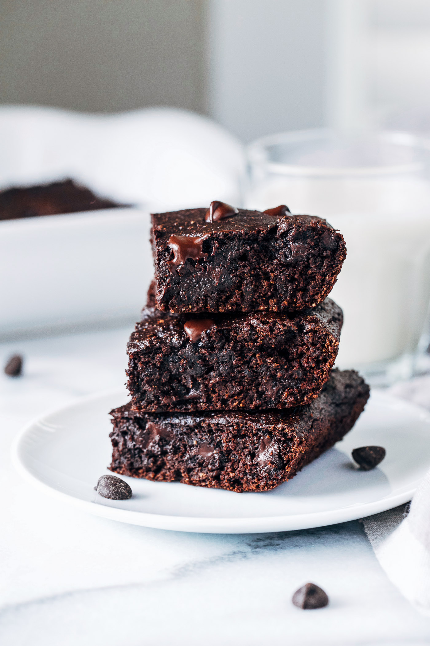 Vegan Avocado Brownies- avocado replaces oil for a fudgy brownie that's packed full of healthy