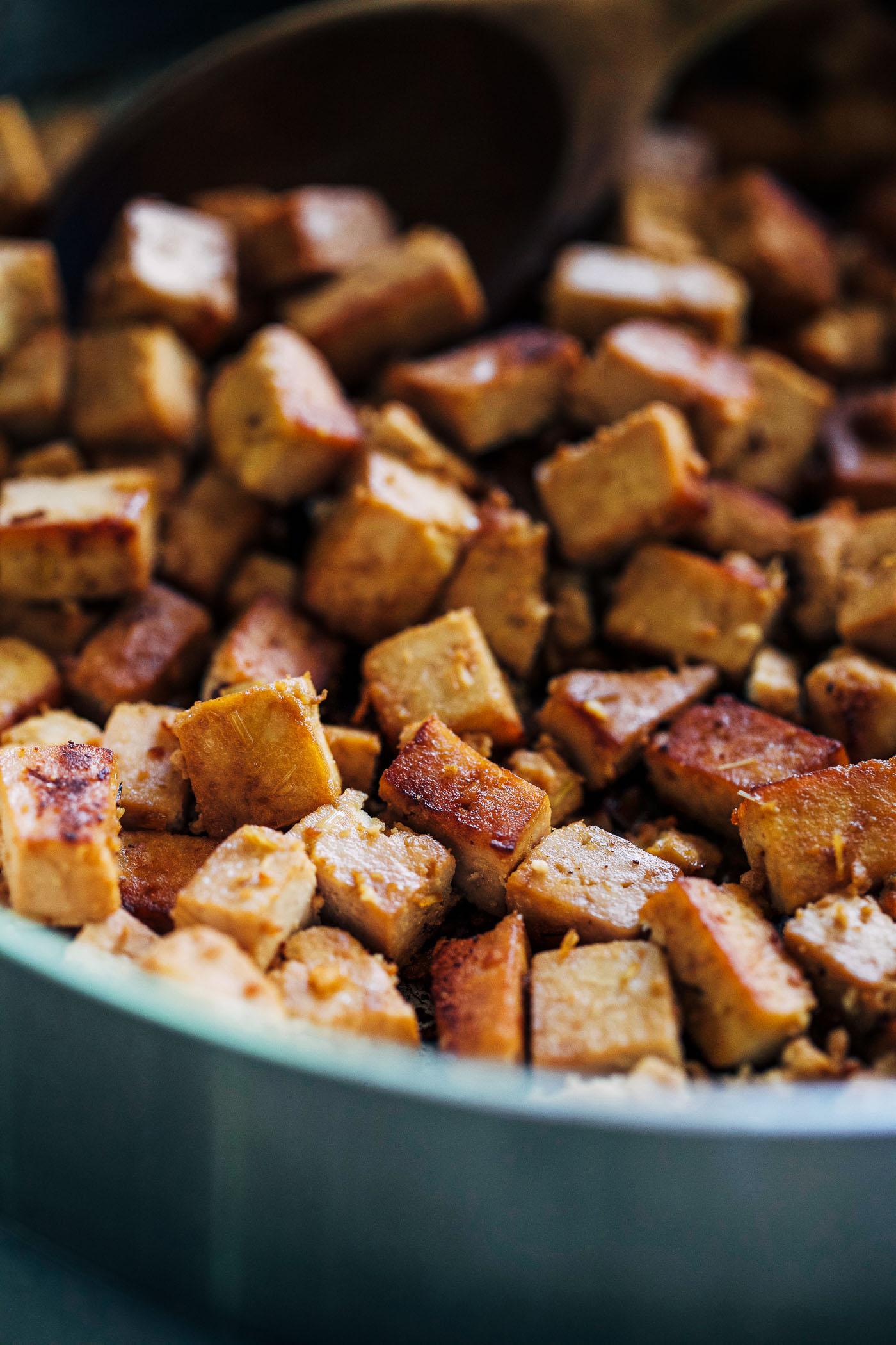 Lemongrass Tofu Bowls - Making Thyme for Health