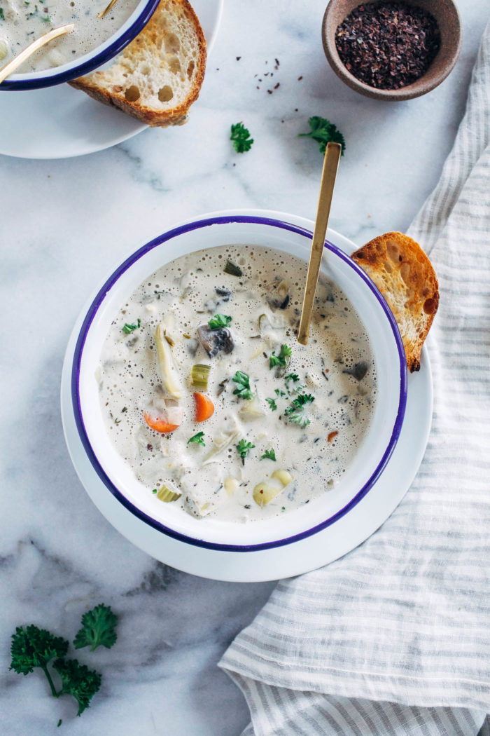 Vegan Artichoke Chowder- made with jarred artichoke hearts and creamy coconut milk, this one-pot chowder is super satisfying and delicious! (grain-free, soy-free and gluten-free)