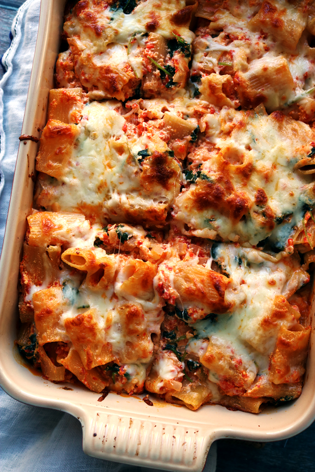 Baked Ziti with Roasted Red Peppers, Baby Kale, and Ricotta from Eats Well With Others