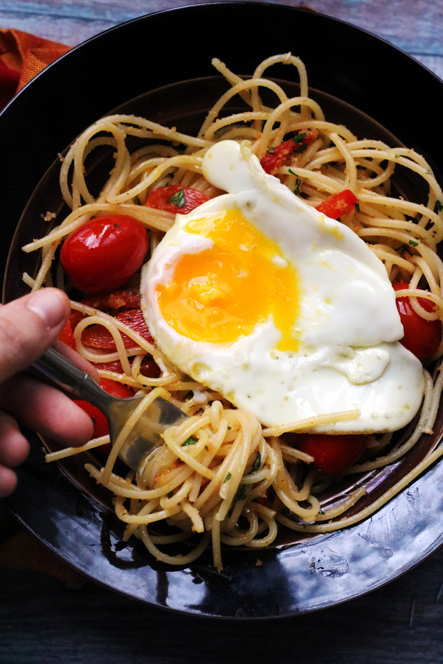 Spaghetti with Fried Eggs, Cherry Tomatoes, and Roasted Red Peppers from Eats Well With Others